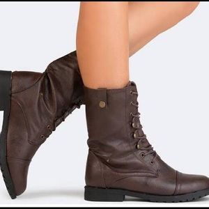 Report Chilirk Women's Ankle Military Boots 9.5